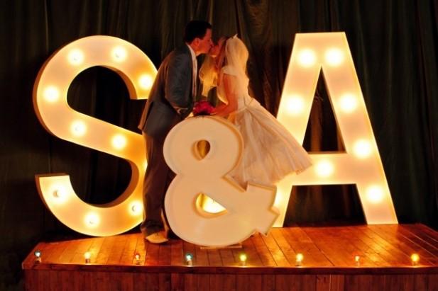 letras love iluminadas boda